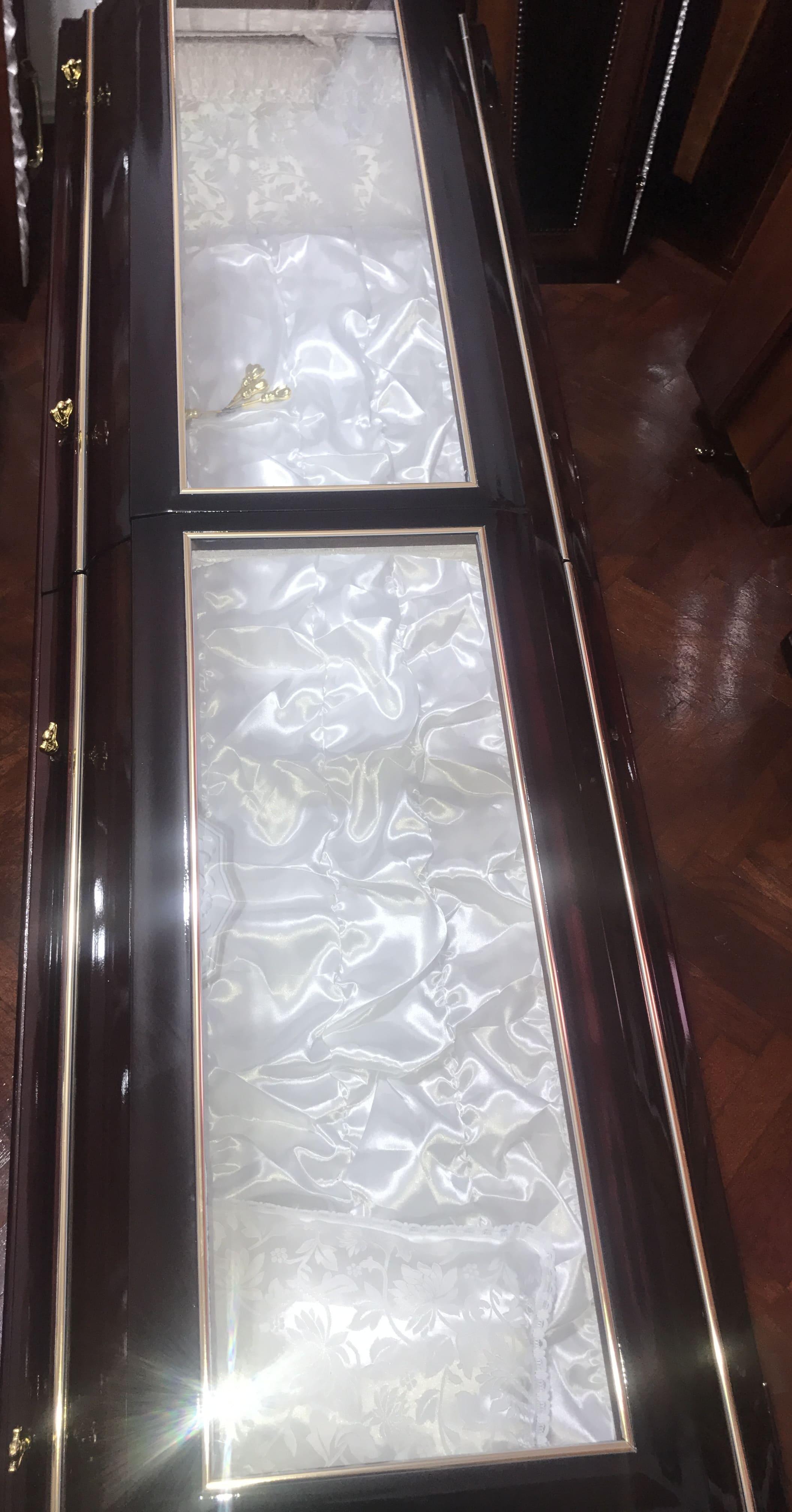 sicriu-boston-sticla-servicii-funerare-oradea-pompe-funebre-non-stop