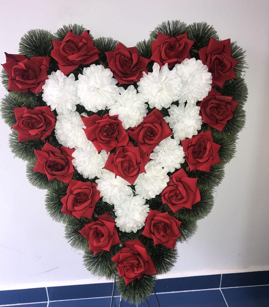 coroana inima oradea trandafir rosu si alb