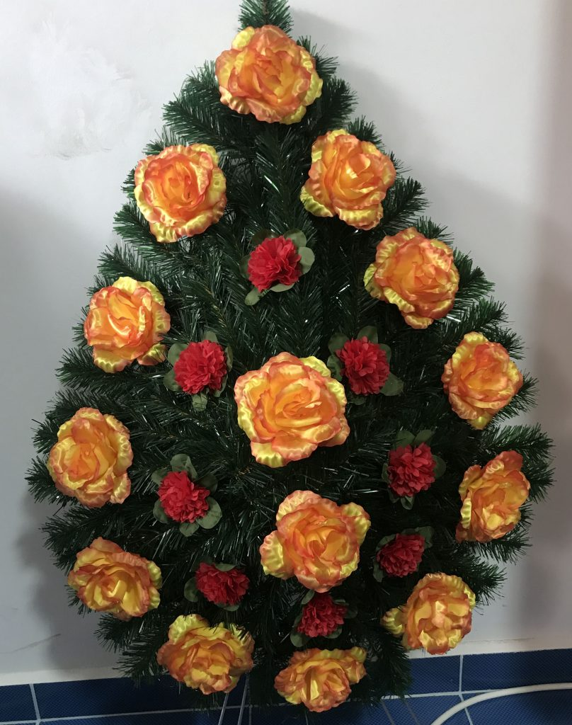 coroana mare lacrima trandafir inmormantare oradea