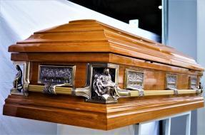 sicriu boston pieta servicii funerare apusul oradea non stop pompe funebre bihor